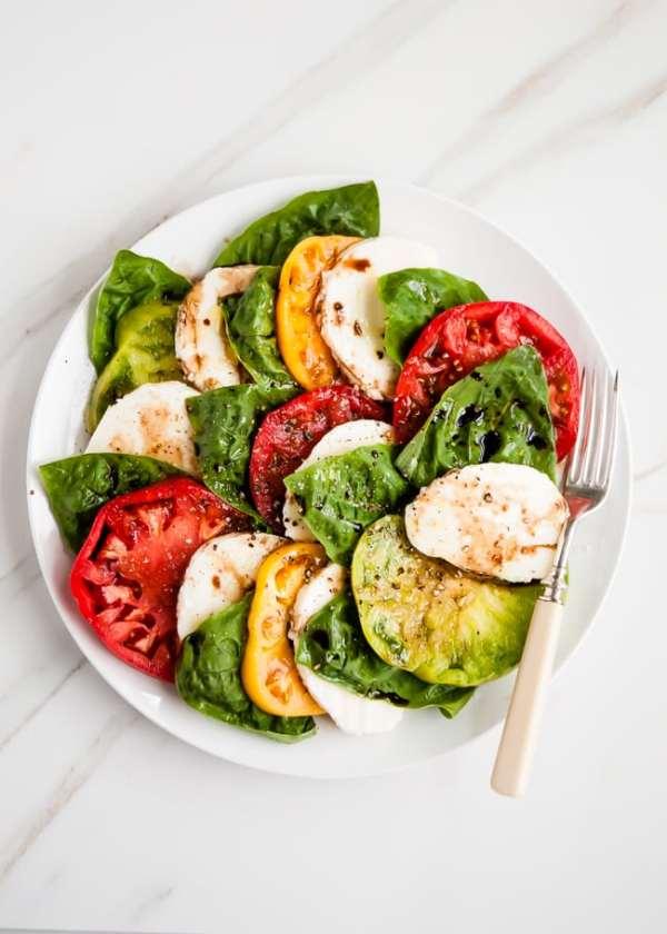 Heirloom Tomato Basil Caprese Salad