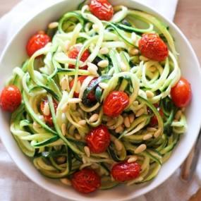 Lemon-Garlic Zucchini Noodles with Roasted Tomatoes