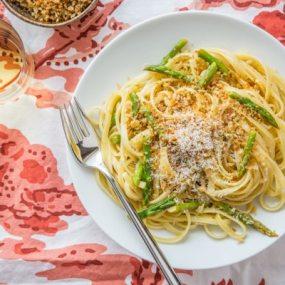 Lemon-Asparagus Linguine with Garlicky Panko Recipe
