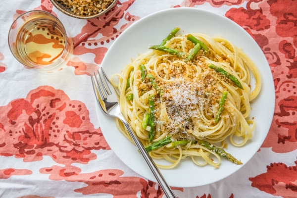Lemon-Asparagus Linguine with Garlicky Panko Recipe