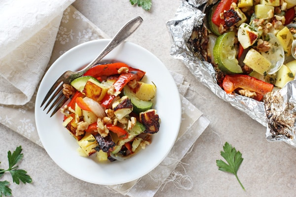 15 of the Best Vegetarian Grilling Recipes: Grilled Vegetable and Halloumi Foil Packets