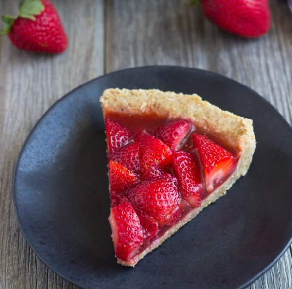 No-Bake Strawberry Pie