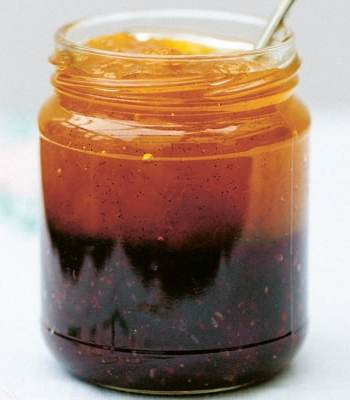 Two-Tone Peach and Blackberry Jam Recipe