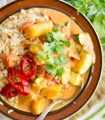 Vegetable & Plantain Moqueca