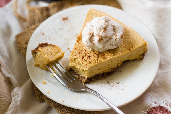 No-Bake Vegan Pumpkin Cheesecake with Pecan-Date Crust