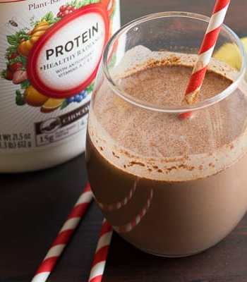 Excited to partner with Burt's Bees! Shake Up Your Resolutions with Burt's Bees™ Plant-Based Protein Shakes #drinkitallin #ad @burt