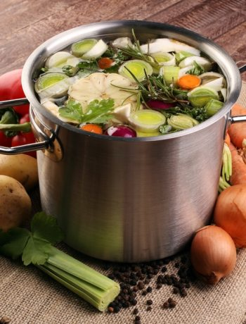 vegetarian substitutes for chicken broth