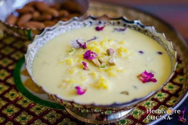15 Creamy & Dreamy Rice Pudding Recipes: Saffron Rice Pudding