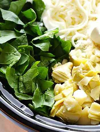 10 No Fuss Vegetarian Crockpot Dips: Slow Cooker Spinach Artichoke Dip Recipe