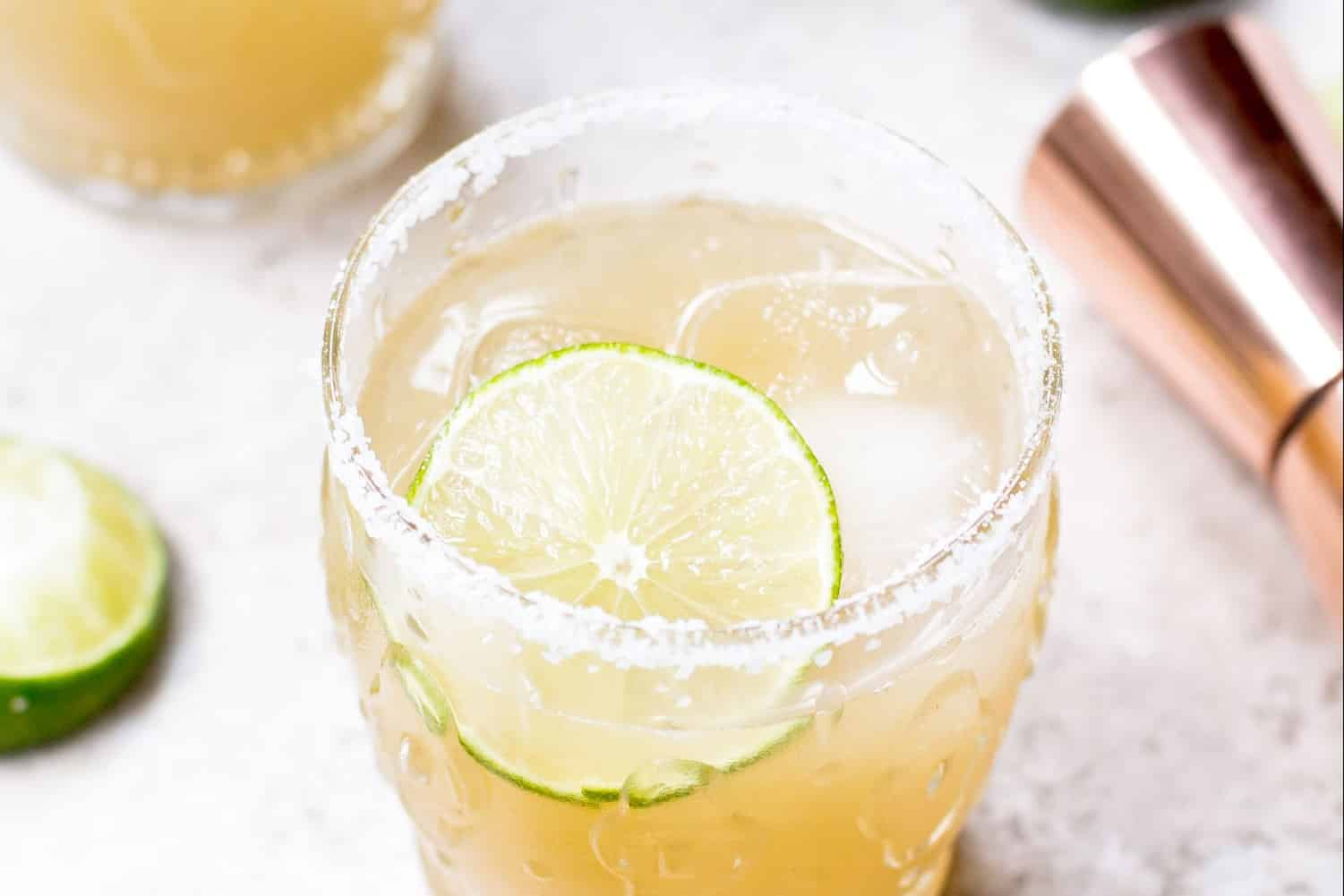 Refreshing Margarita Recipes to Cool You Down This Summer : Classic Agave Margarita