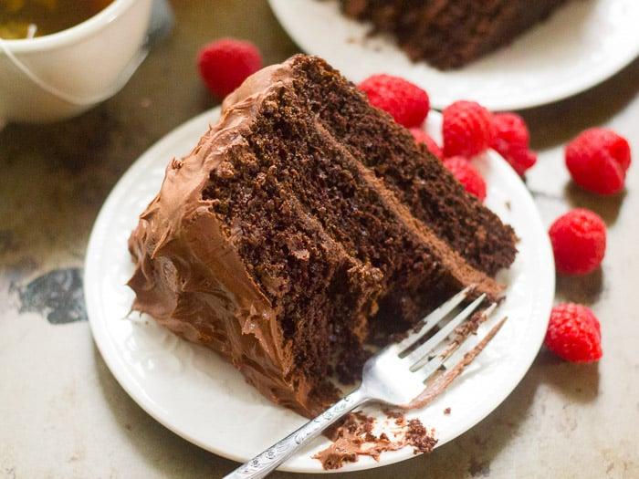 25 Drool-Worthy Chocolate Cake Recipes: Vegan Mocha Layer Cake