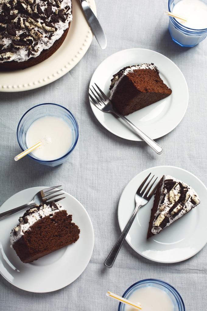 25 Drool-Worthy Chocolate Cake Recipes: Vegan Oreo Chocolate Cake
