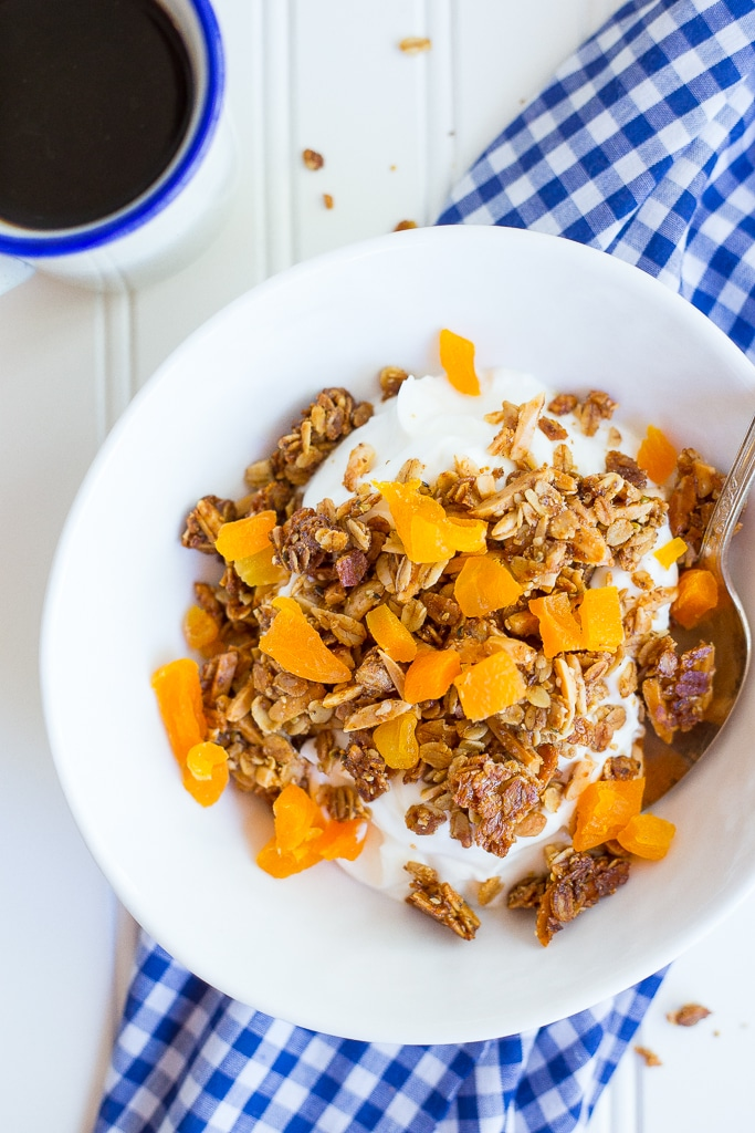 18 Irresistible Recipes for Homemade Granola: Clustery Granola with Dried Apricots