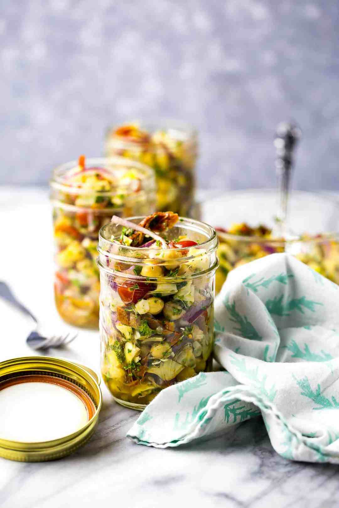 25 Vegetarian Mason Jar Meals to Help You Win at Lunch: Mediterranean Chickpea Salad Jars