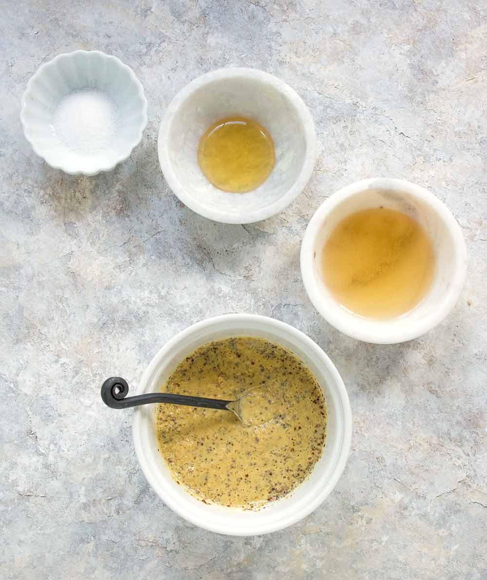 How to Make Homemade Mustard   OhMyVeggies.com