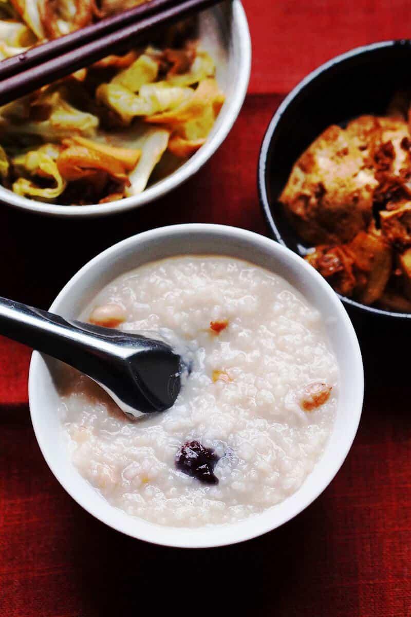 49 Savory Vegan Breakfast Recipes: Peanut Congee
