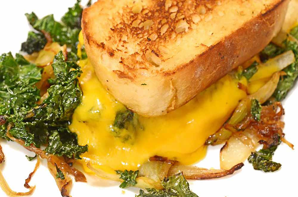 21 Mind-Blowing Grilled Cheese Sandwich Recipes: Caramelized Fennel, Onion & Kale Toasted Cheese Sandwich Recipe