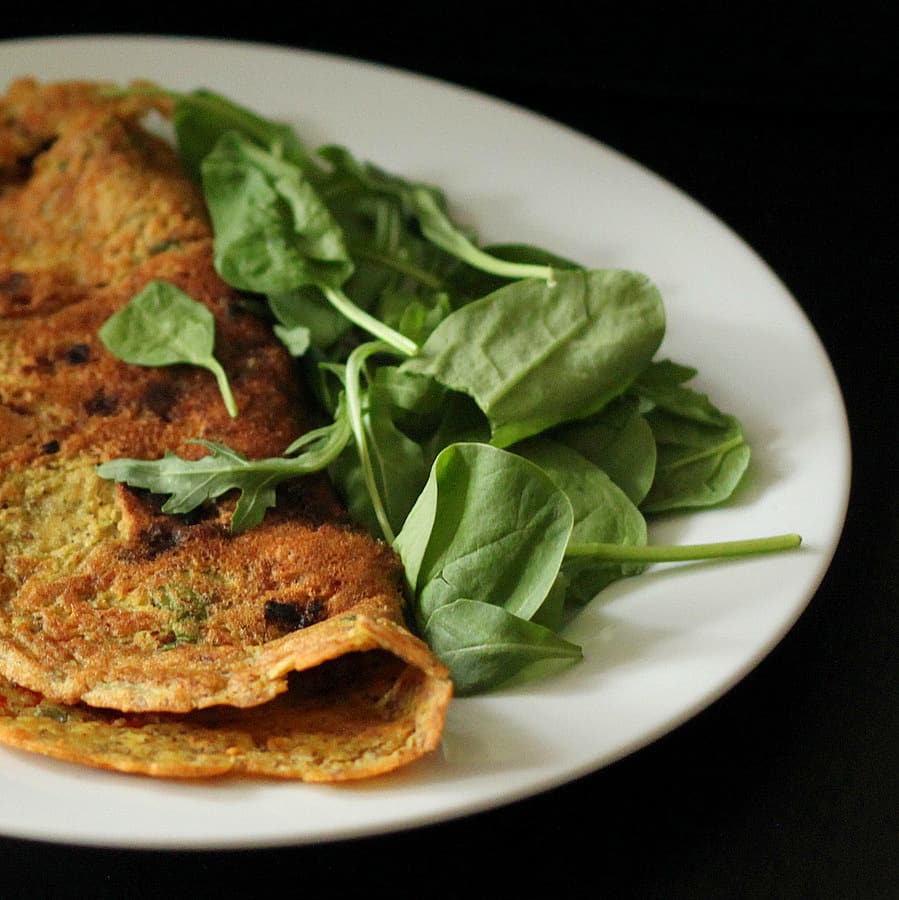 15 Irresistible Vegetarian Omelets to Make for Breakfast: Chickpea Flour Omelette with Spinach