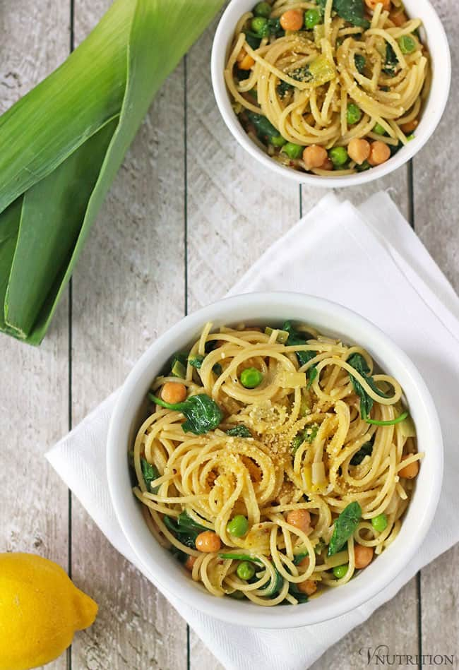 18 Vegetarian One-Pot Pasta Recipes for Busy Weeknights: Lemon One-Pot Pasta