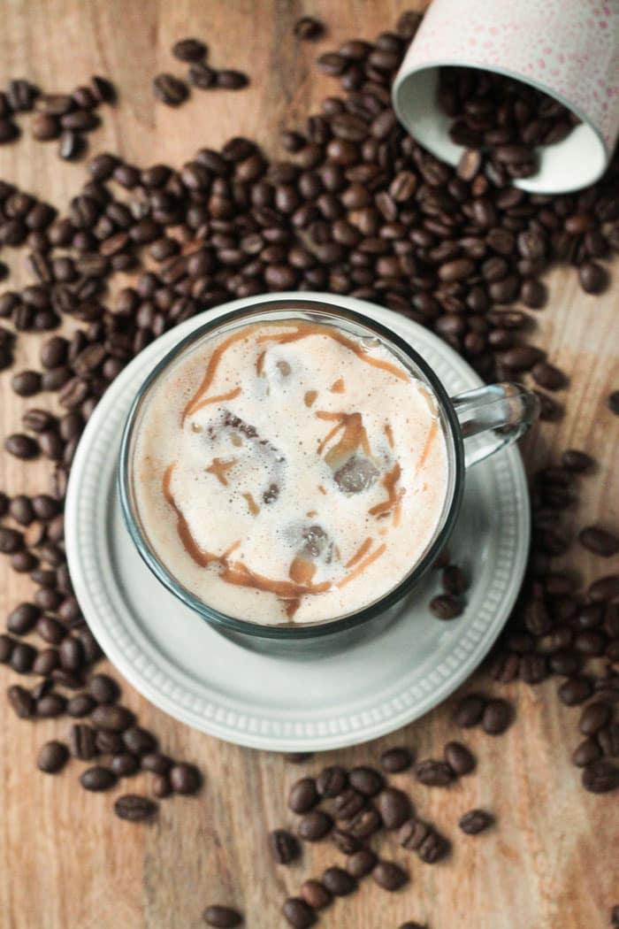 11 Cozy Coffee Drinks You Need This Fall: Iced Caramel Macchiato