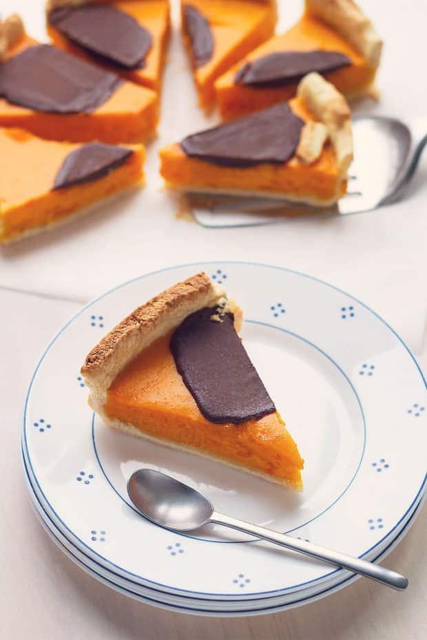 15 Creative Roasted Red Kuri Squash Recipes You Need To Try: Chocolate Red Kuri Pumpkin Pie