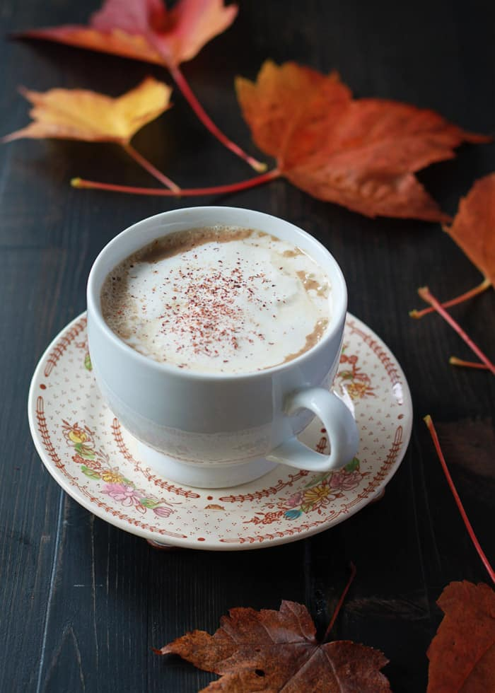 11 Cozy Coffee Drinks You Need This Fall: Slow Cooker Gingerbread Pumpkin Lattes