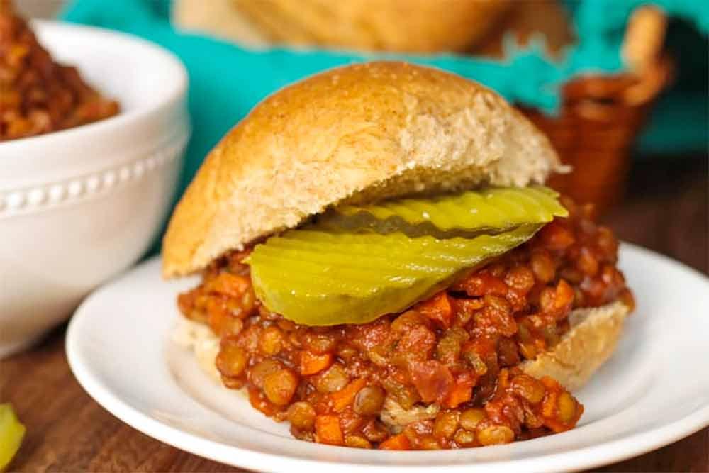 19 Recipes that Swap Lentils for Meat: Sloppy Lentils Sandwiches