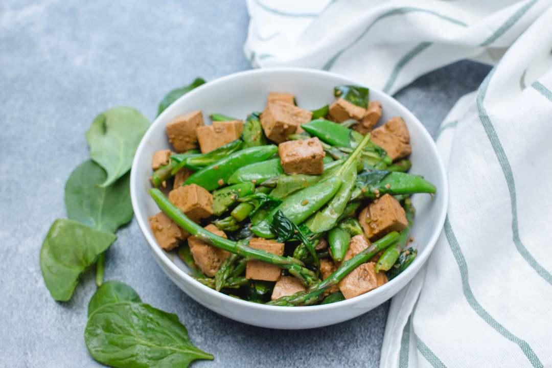 Green Vegetables and Tofu Stir-fry