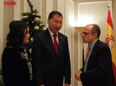 El Excmo. Embajador de la República de Kazajstán en España, el Sr. D. Bakyt Dyussenbayev junto a Fernando Moragón, Presidente de OHRE