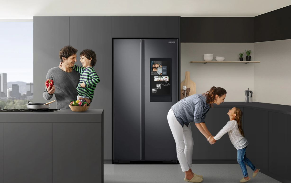 Family Hub Smart Fridge is a One-Stop Centre that Curates Smarter, Seamless Kitchen Experiences