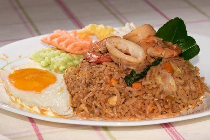 11 Resipi Dan Cara Masak Nasi Goreng Yang Ringkas Lagi Mudah!