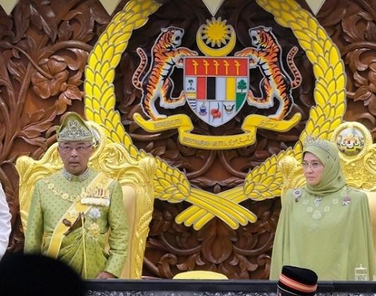 Tun Dr. Mahathir Mohamad, Yang di-Pertuan Agong