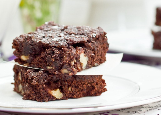 IMG 7737 2   Gluten Free, Vegan, and Oil Free Walnut Chip Brownies
