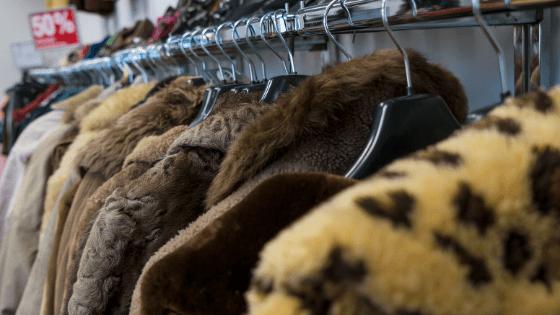 9 thrift shopping essentials