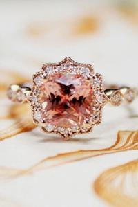 33 Sophisticated Vintage Engagement Rings To Prove Your