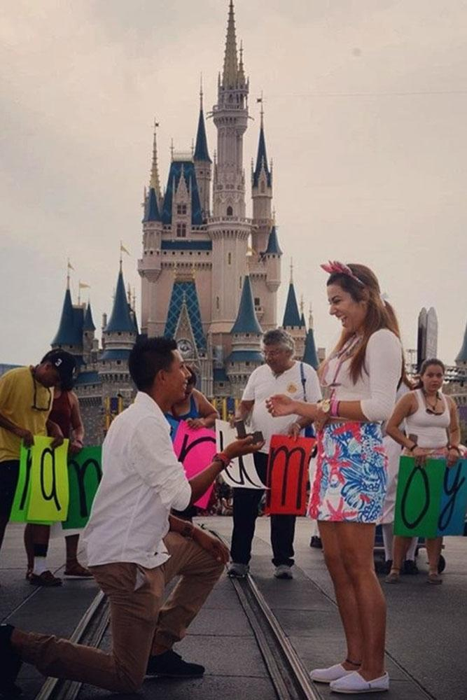 15 Disney Proposals For A Creative Couple