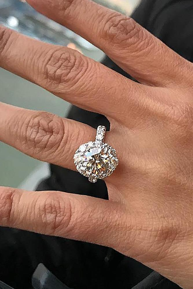 A Hint For A Guy In Love Engagement Rings Styles Oh So Perfect Proposal