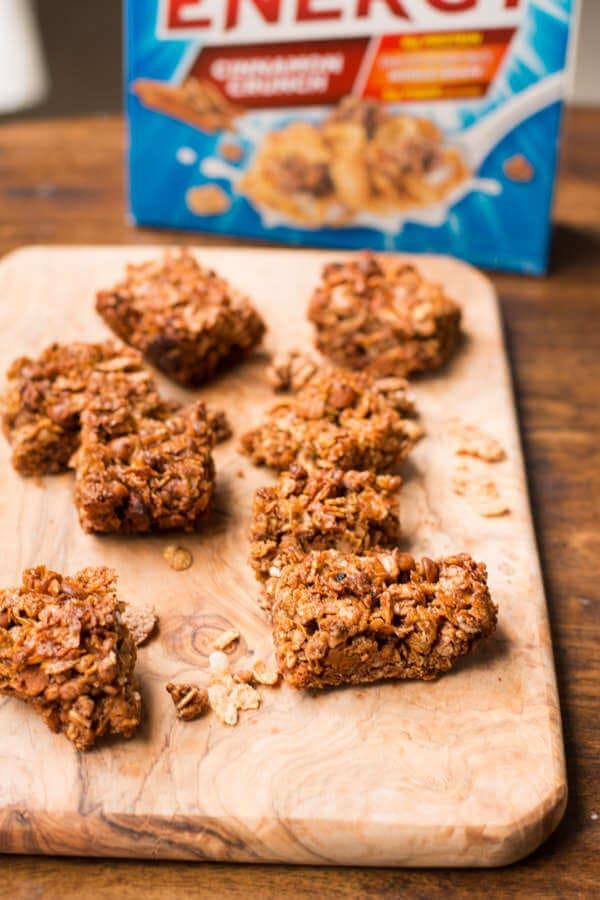 cinnamon honey bunches of oats granola bars!! ohsweetbasil.com