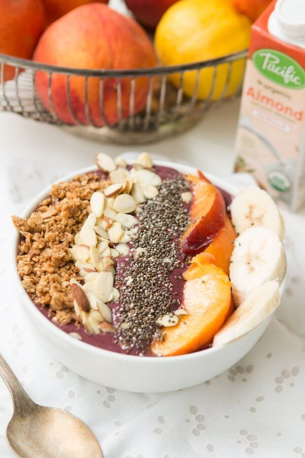 Chia Peach Berry Protein Green Smoothie Bowls for the best start to the day ever! ohsweetbasil.com