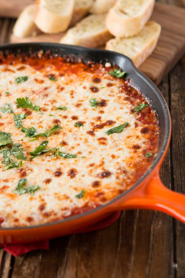 Game day cheesy lasagna dip ohsweetbasil.com