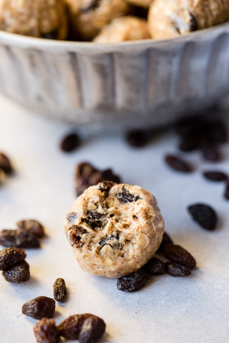 Looking for healthy snack ideas? Me too. Protein Oatmeal Cookie Energy Bites are full of almond butter, raisins, protein powder, and heart healthy oats!  ohsweetbasil.com