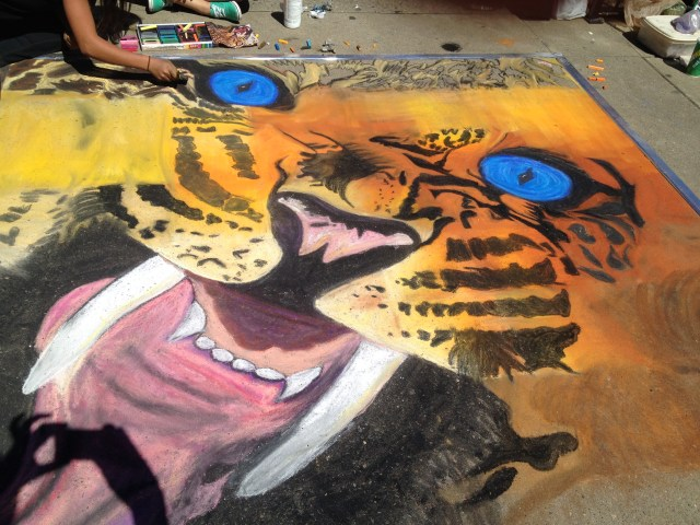 West High Students draw tiger