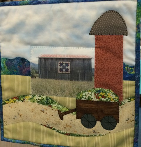 This applique variation was one of the free patterns distributed by The Cherry Pit, Sevierville, TN