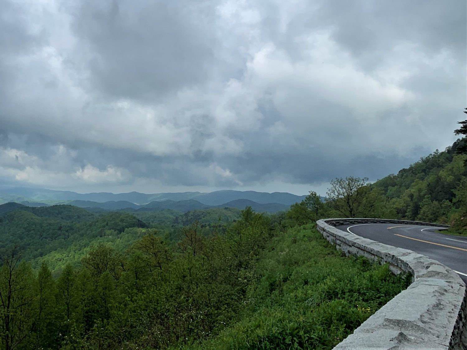 Great Smoky Mtns Foothills Parkway Spring