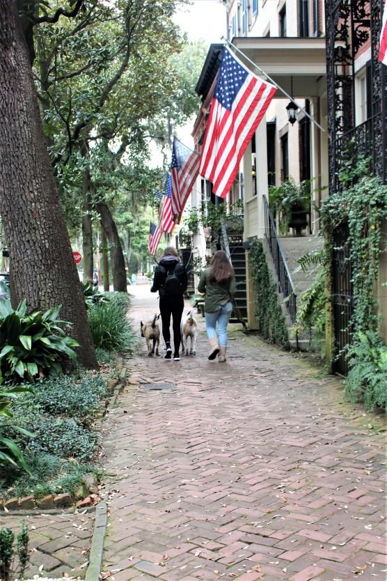Savannah, GA: Strolling Jones St