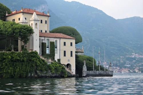 Lake Como, Italy residence on the water