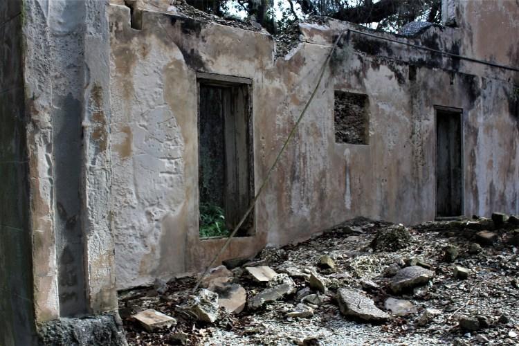 Interior walls, Retreat Hospital ruins, Sea Island GA