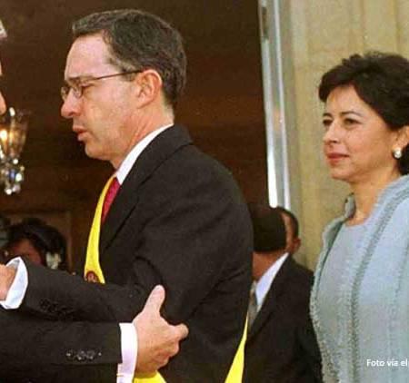 Posesion Uribe