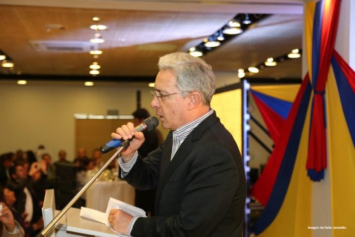 Uribe1