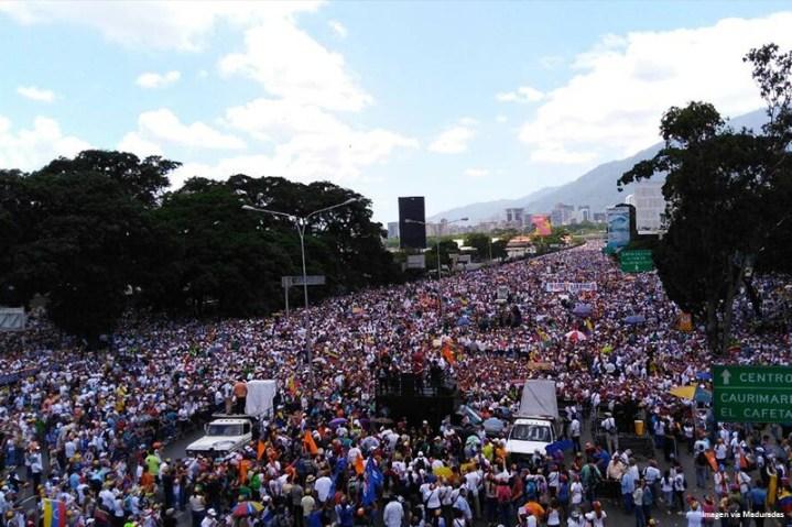 manifestacion-somos-millones-oposicion-protesta-20m-1